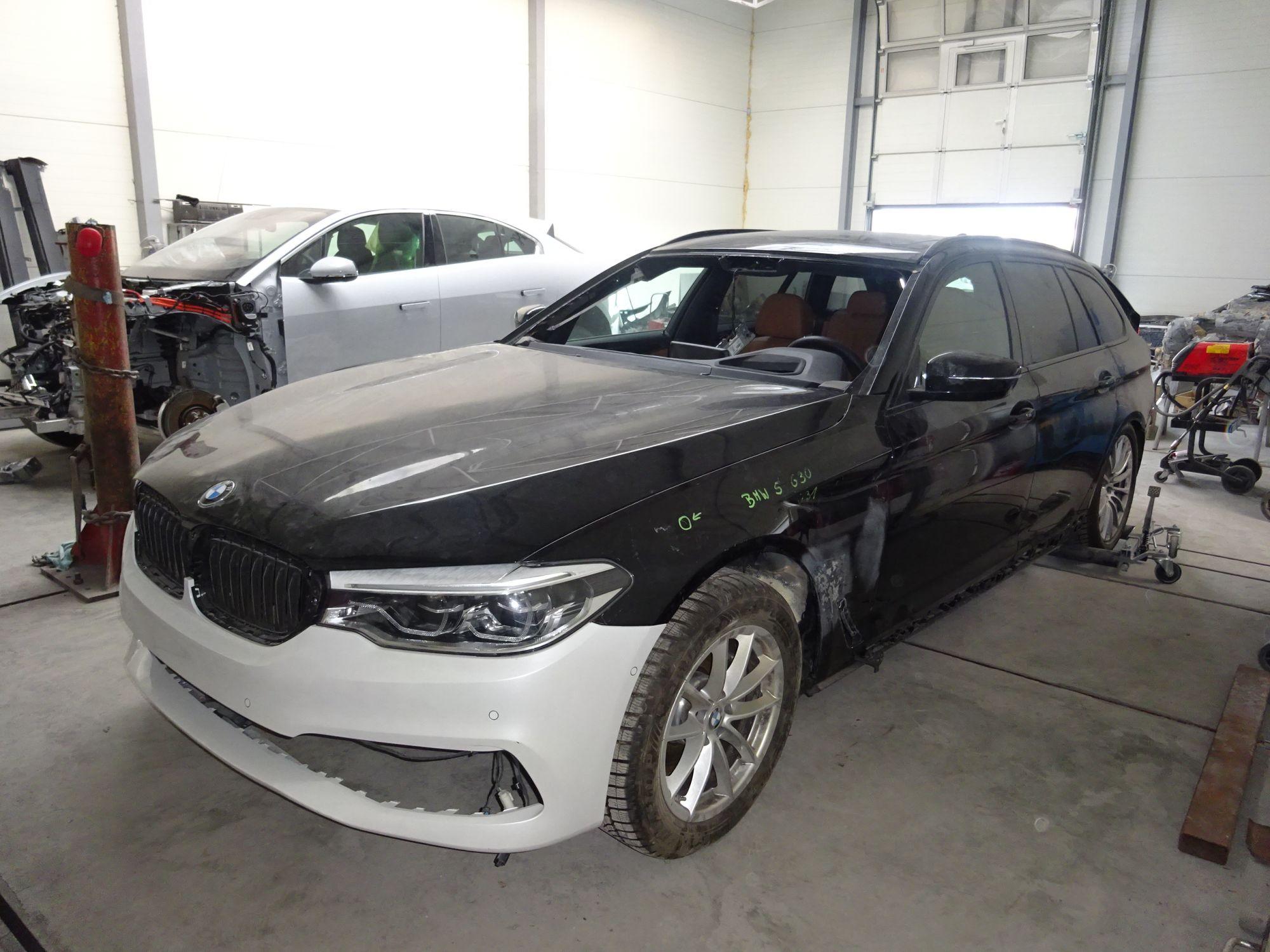 BMW 5 E31